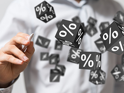 Максимальная ставка топ-10 банков по рублевым вкладам упала до менее чем 8,18%