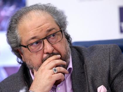 СКР начал проверку компании Бориса Минца, покинувшего страну